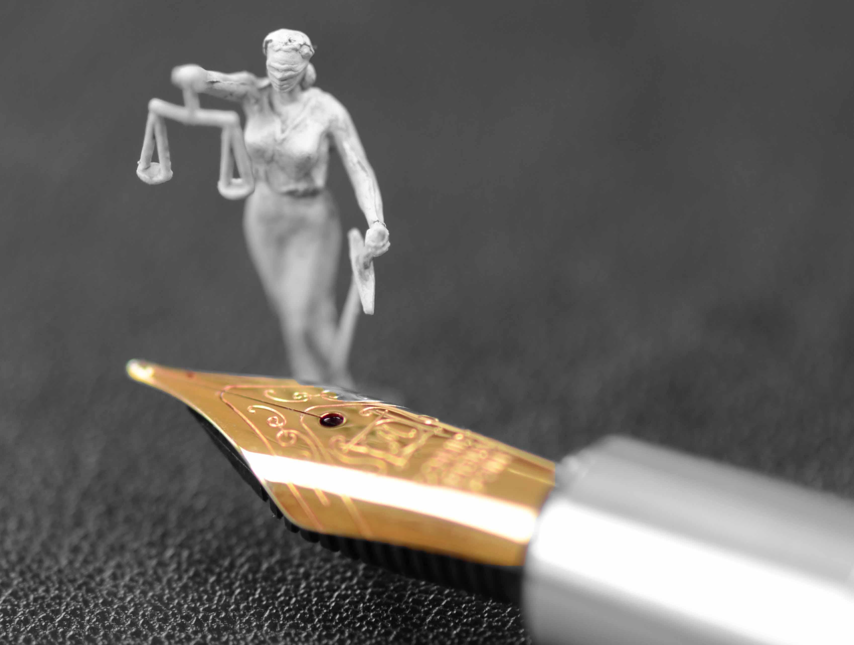 Schwert-der-Justizia-IV-web